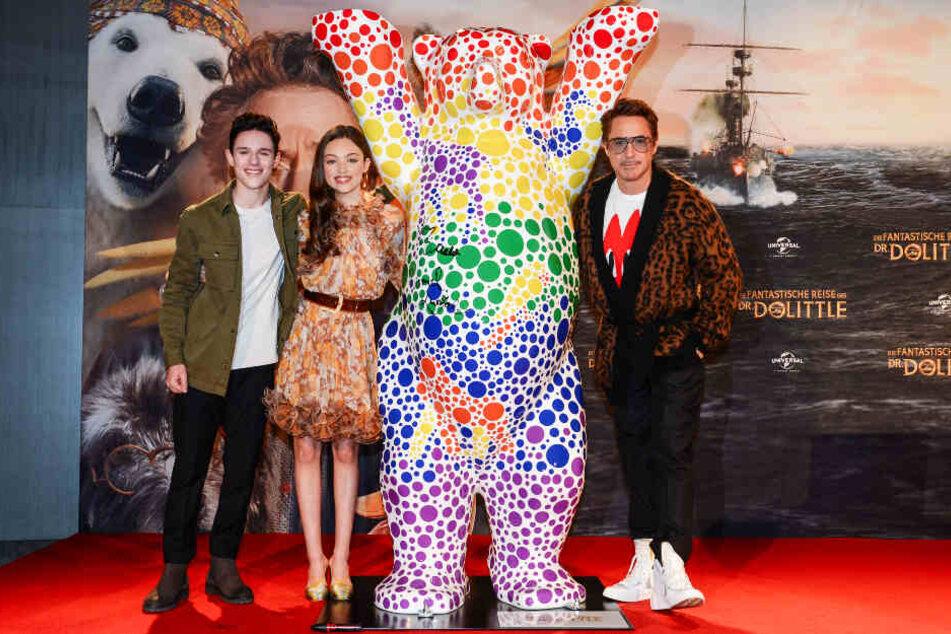 """Harry Collett (l.), Carmel Laniado und Robert Downey junior (r.) stellten """"Die fantastische Reise des Dr. Dolittle"""" gemeinsam vor."""