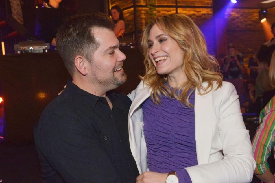 Die GZSZ-Stars verraten: Mit Daniel Fehlow (43, Leon Moreno) gibt es immer was zu lachen.