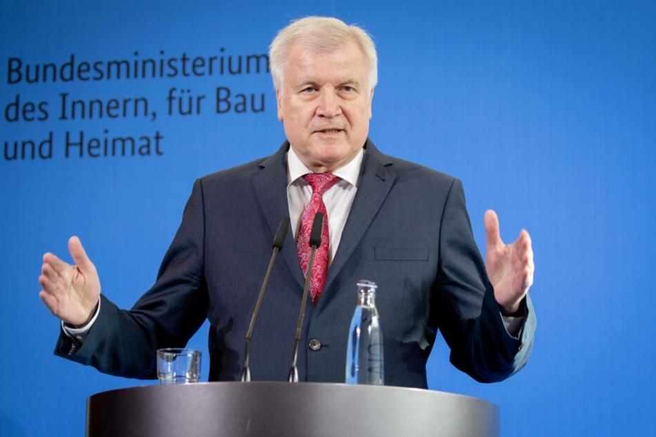 Horst Seehofer (CSU), Bundesminister des Innern, für Bau und Heimat wird Ehrenbürger von Augsburg. (Archivbild)