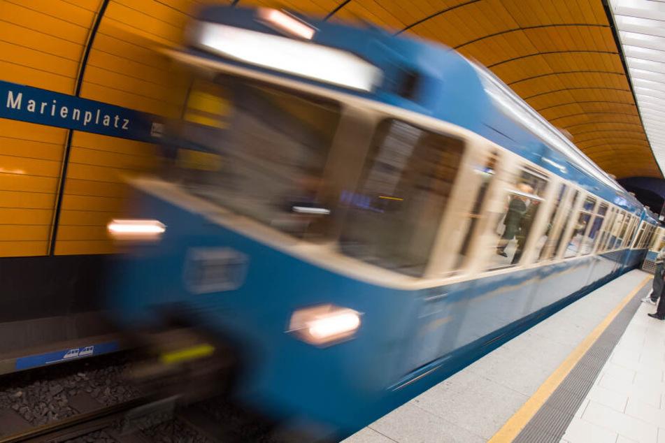 München: Feuerwehreinsatz und Weichenstörung legen Zugverkehr in München lahm