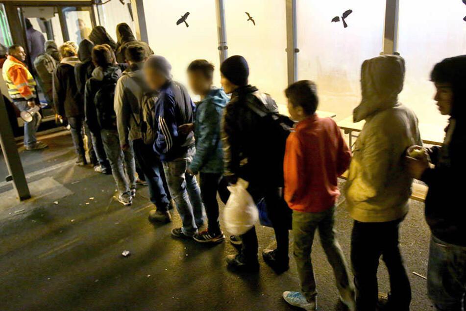 Wenn sich das Alter junger Flüchtlinge nicht eindeutig feststellen lässt, sollen Alterstests dies herausfinden.