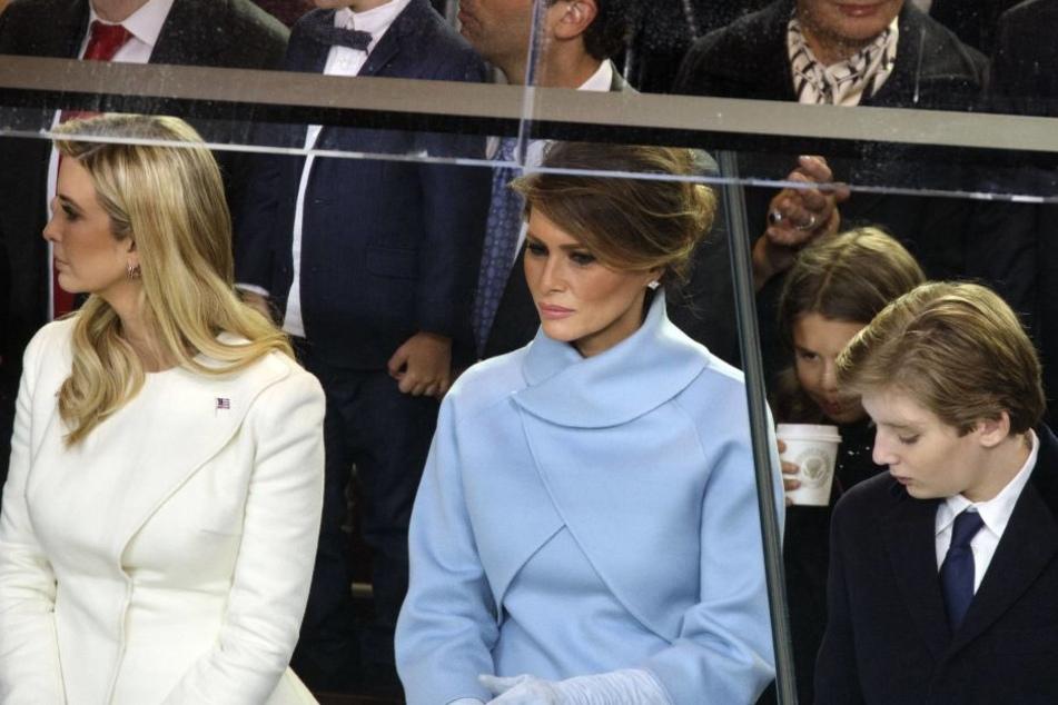 Ivanka, Melania und Barron Trump (v.li.) bei der Amsteinführung von Donald.