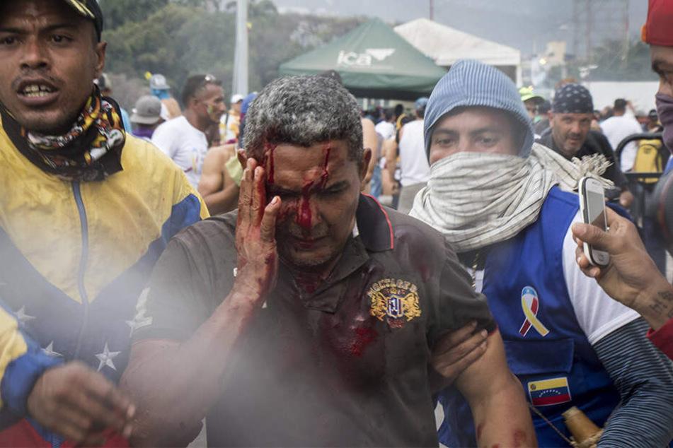 In Venezuela kommt es seit Jahren immer wieder zu blutigen Zusammenstößen zwischen Opposition und Regierung.