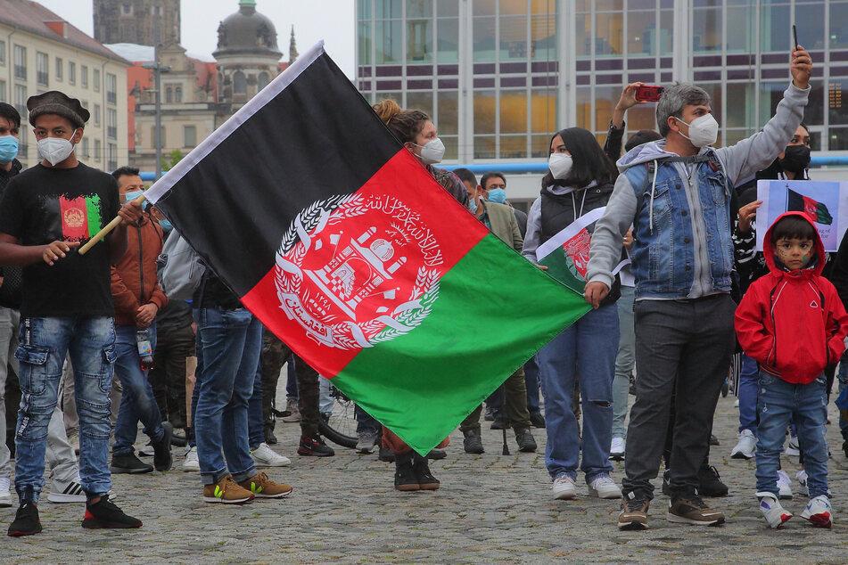 Dresden: Hilfe-Demo für Afghanistan! Auch Dresden will Ortskräfte aufnehmen
