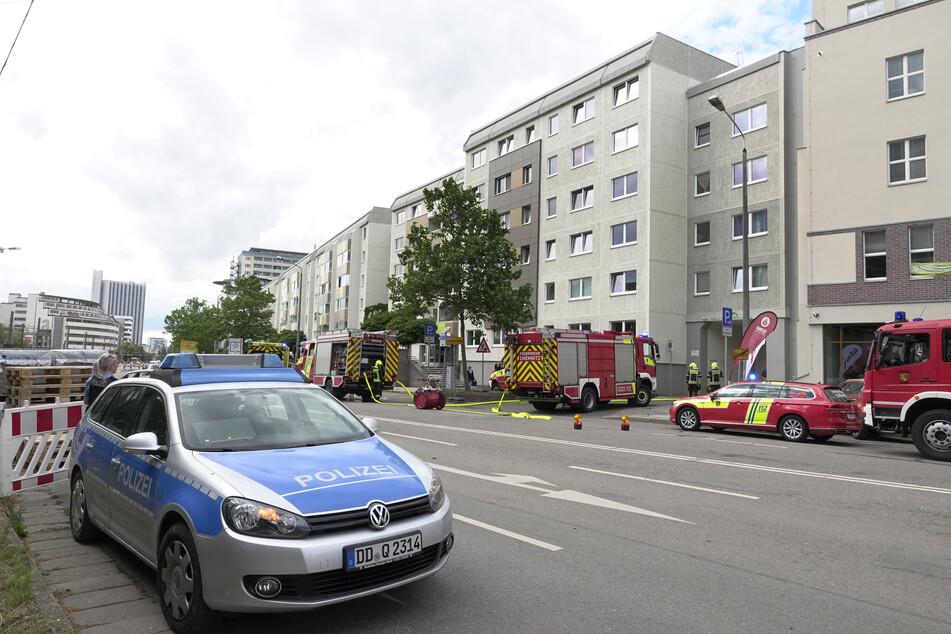 Polizei und Feuerwehr rückten am Donnerstag in die Augustusburger Straße aus. Dort war es zu einer heftigen Auseinandersetzung gekommen.