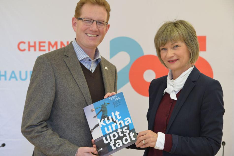 """Haben Großes vor: OB Barbara Ludwig (56, SPD) und Projektleiter Ferenc Csàk (44) wollen Chemnitz zum Titel """"Europäische Kulturhauptstadt 2025"""" führen."""