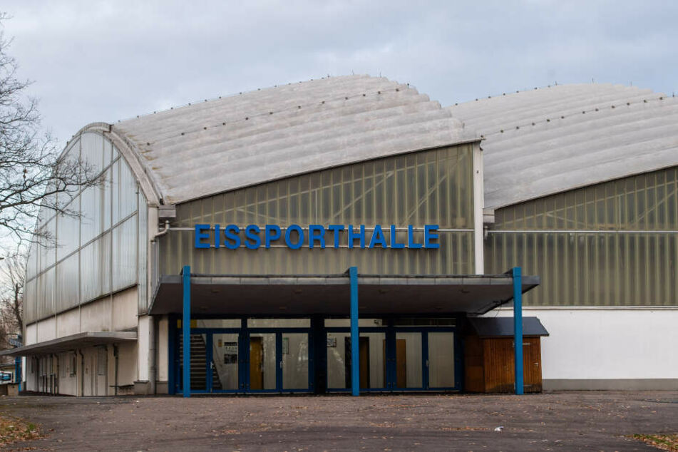 Am heutigen Feiertag eröffnet die Saison im Eissportzentrum Chemnitz.