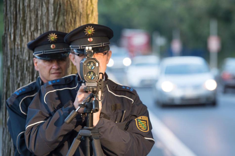 Auch die Polizei erwischte bei mobilen Kontrollen mehr Temposünder.
