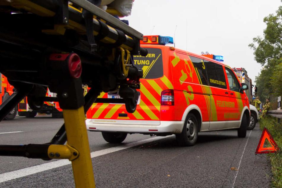 Leipzig: Autos kollidieren, Wagen überschlägt sich: Fünf Verletzte bei Unfällen auf der A9!