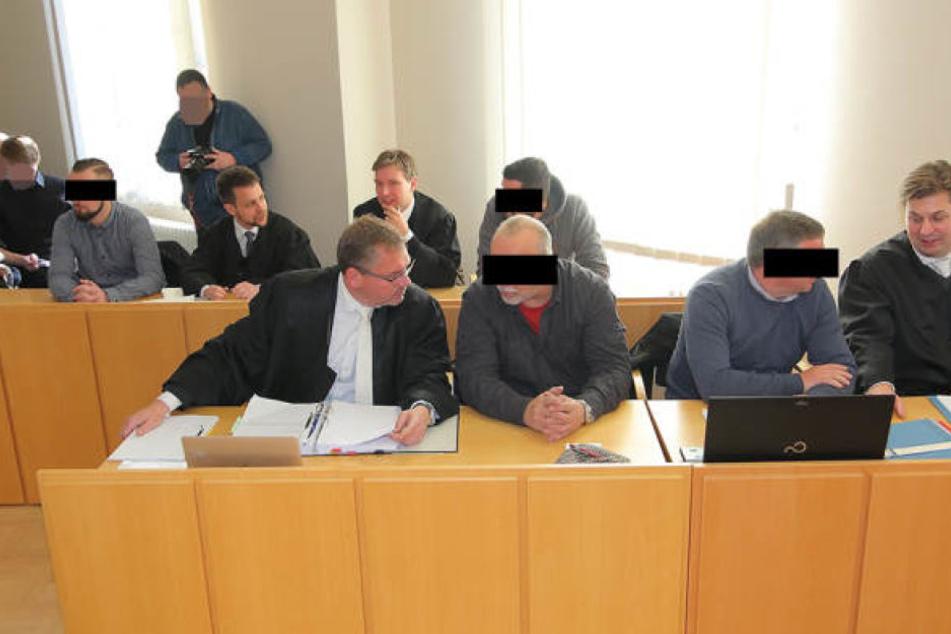 Die Angeklagten beim Prozess in Kamenz. Das Verfahren hatte vor allem in  rechten Kreisen für Empörung gesorgt.