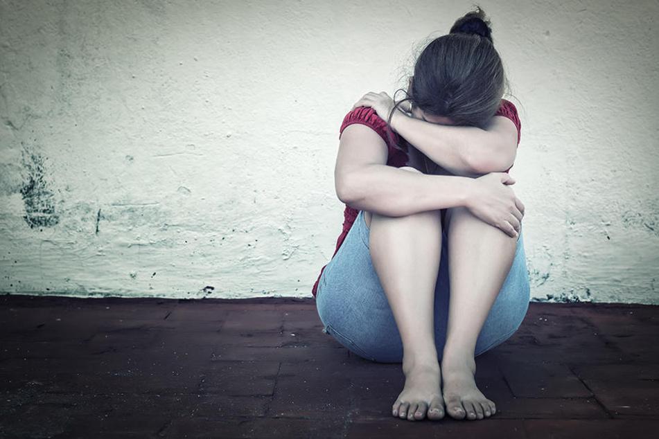 Eine 16-Jährige soll von mehreren Männern brutal vergewaltigt worden sein