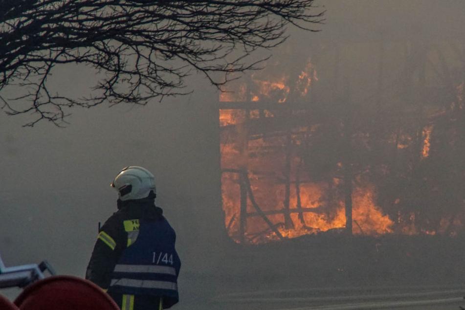 Bei dem Brand entstand ein Schaden von mindestens einer Million Euro.