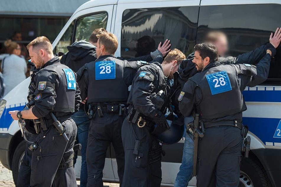 Die Polizei ermittelt gegen den Spieler wegen gefährlicher Körperverletzung. (Symbolbild)