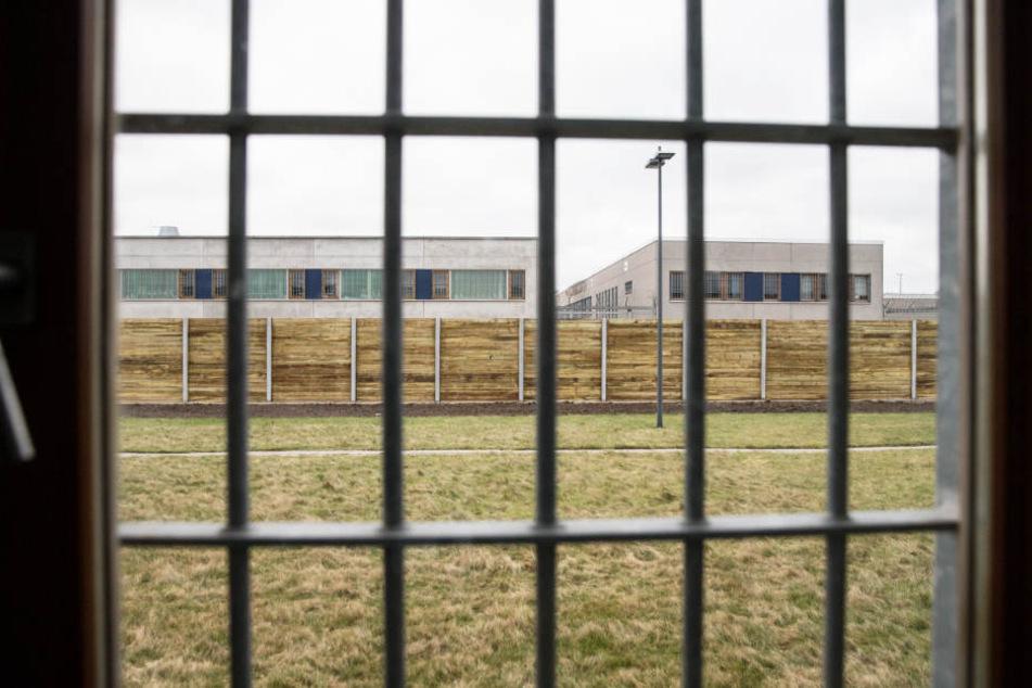 Der 41-Jährige muss wegen der Misshandlung seines eigenen Kindes hinter Gittern.