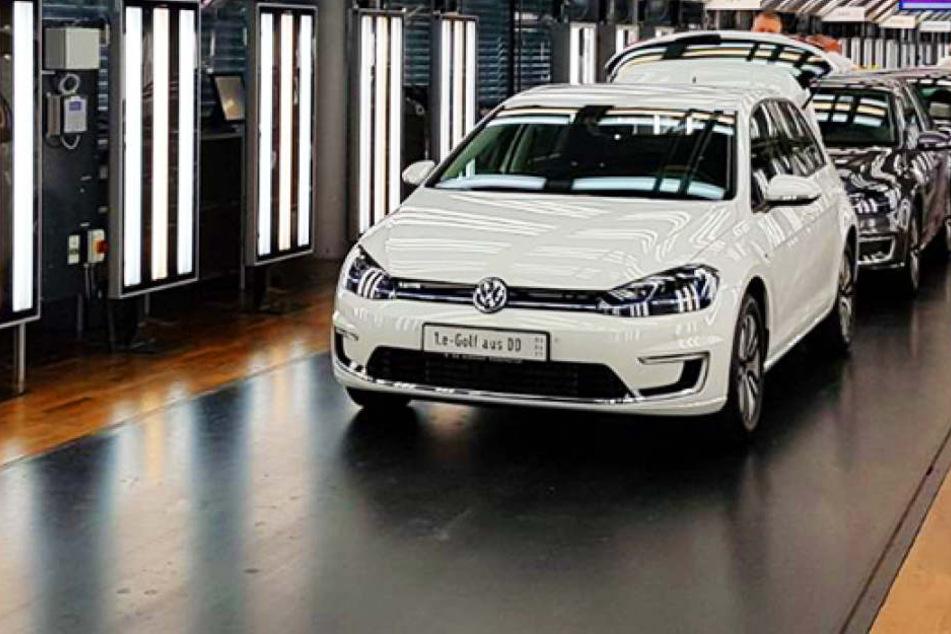 Endlich! In Dresden rollt der neue E-Golf von VW vom Band.