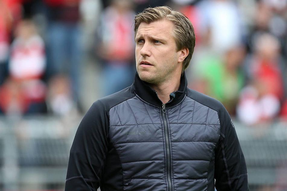 Sport-Chef Markus Krösche war nach dem 3:2-Sieg nicht ganz zufrieden.