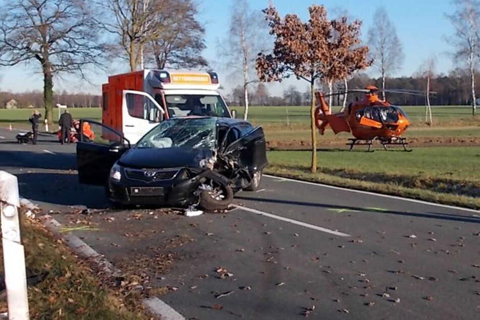 Die 26-jährige Rahdenerin musste mit dem Rettungshubschrauber ins Krankenhaus gebracht werden.