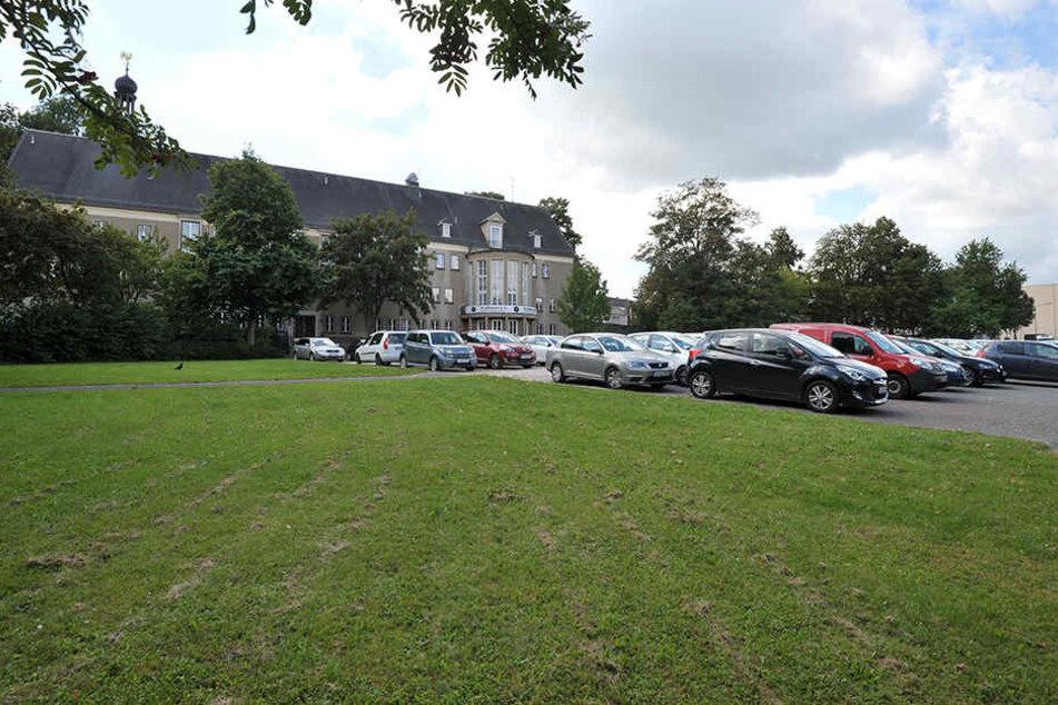 Zentrumsnah am Hartmannplatz soll eine moderne Schule entstehen.