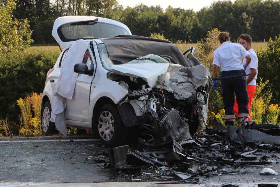 Auf der Bundesstraße 8 im Landkreis Regensburg hat sich ein Unfall ereignet.