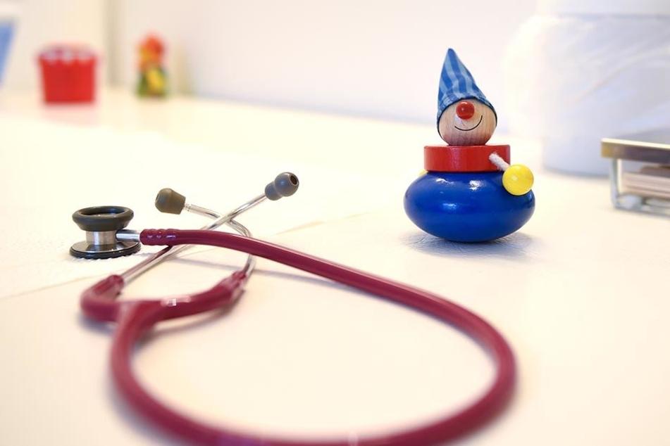 Immer wieder wurde ein Junge zum Arzt geschickt. Jedoch grundlos.