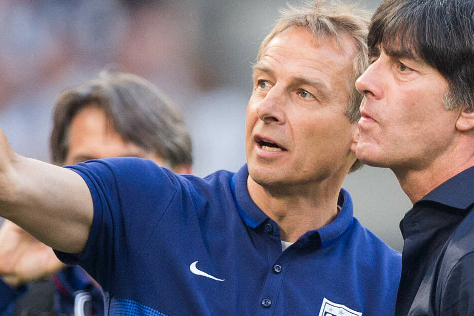 Im Länderspiel 2015 trafen sie in Köln aufeinander: Der damalige US-Coach Jürgen Klinsmann und sein früherer Weggefährte und noch aktueller Bundestrainer Jogi Löw.