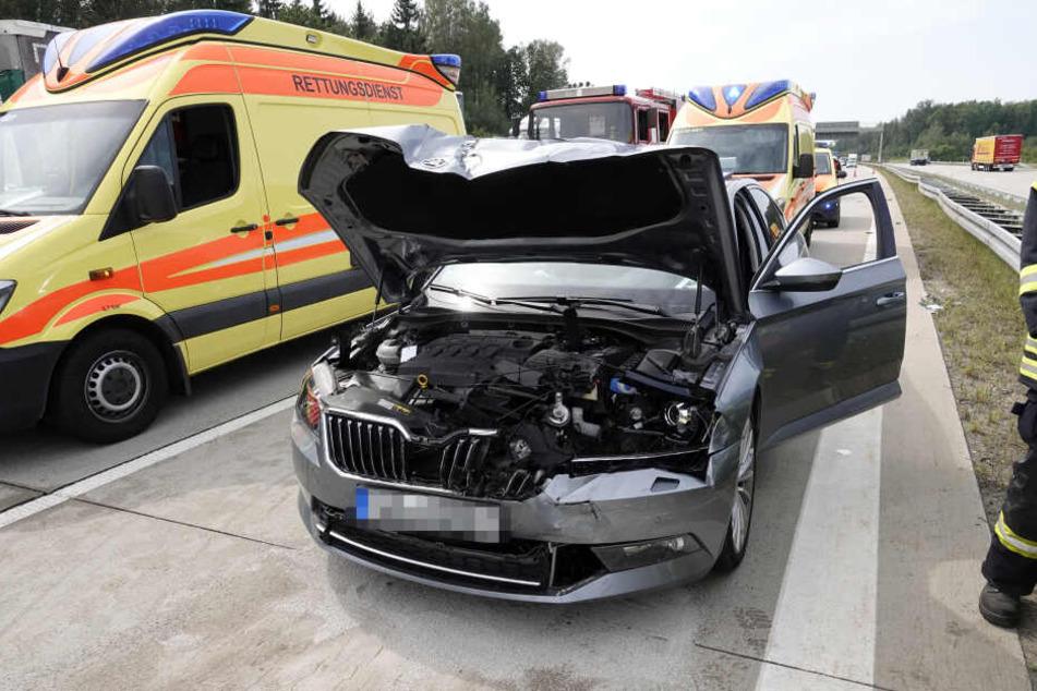 Am Stau-Ende knallte ein Skoda auf einen BMW.