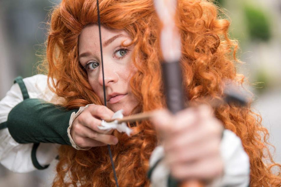 """Fertig! Sina ist der Disneyfigur aus dem Film """"Merida - Legende der Highlands"""" wie aus dem Gesicht geschnitten."""