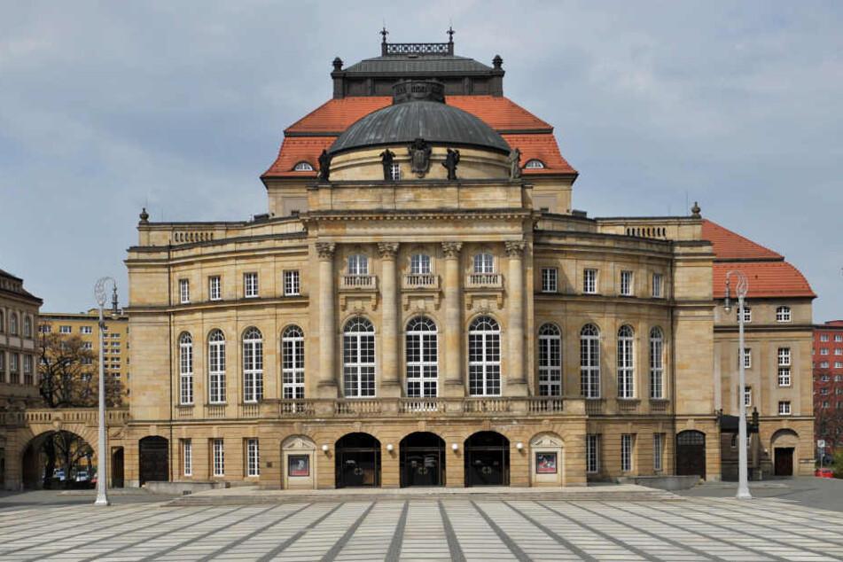 Chemnitz ist reich an kulturellen Einrichtungen, hier das Opernhaus am Theaterplatz.