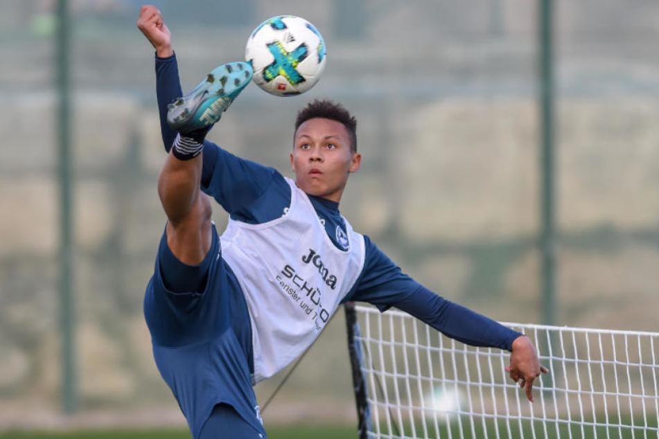 Der FC Schalke 04 buhlte um Roberto Massimo. Noch ist er allerdings beim DSC.