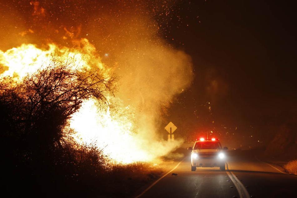 Die heftigen Brände forderten erste Todesopfer.