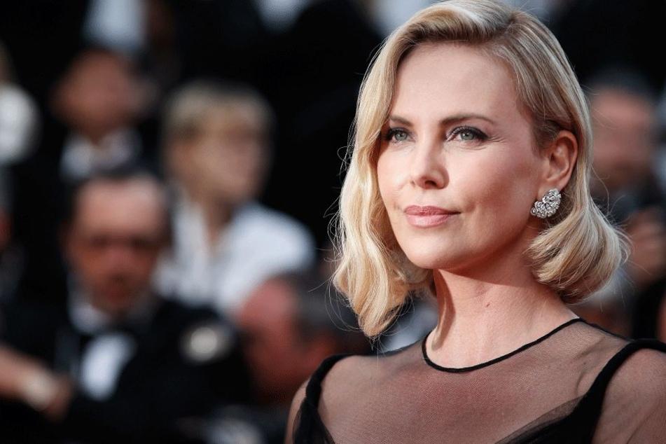 Charlize Theron spricht: Ihre Mutter erschoss den Vater