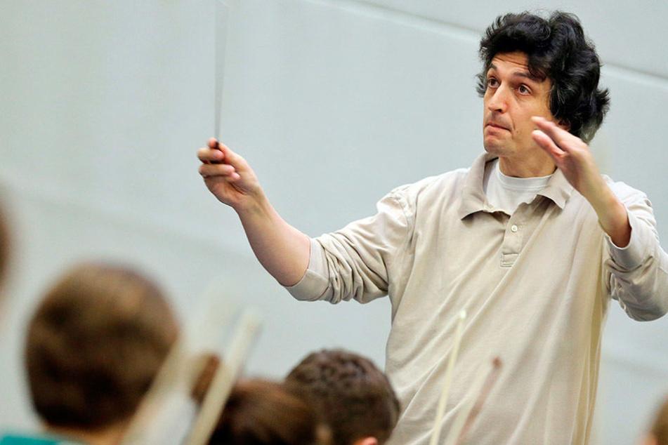 Philharmonie-Chefdirigent Michael Sanderling (50), aufgenommen bei anderer Gelegenheit.