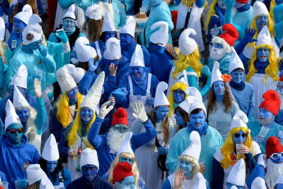 Klappt diesmal der Weltrekord? Größtes Schlumpf-Treffen geplant