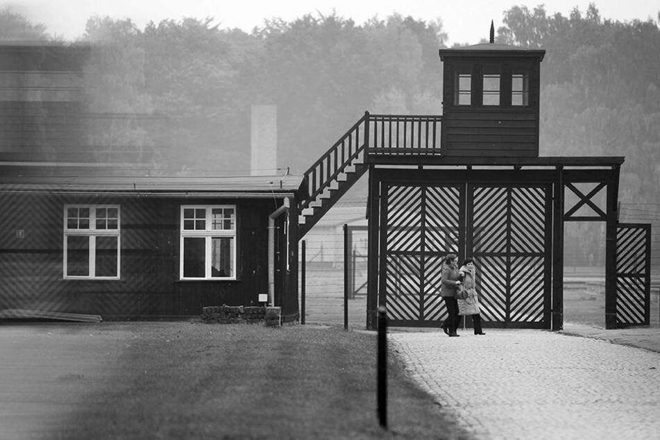 Für mehrere hundert Morde sollen die Männer in dem Konzentrationslager Stutthof in Danzig verantwortlich sein.