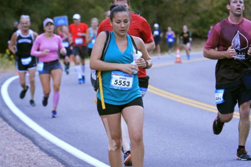 Mutter pumpt Milch während Marathon ab: Warum?