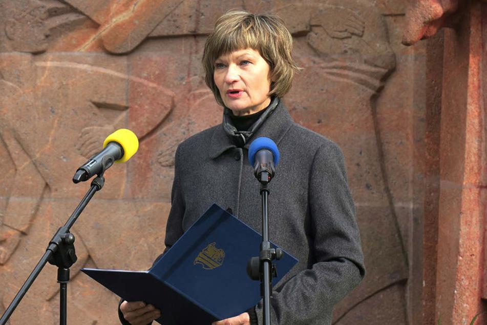 Oberbürgermeisterin Barbara Ludwig (55, SPD) wird bei der Kundgebung auf dem  Neumarkt sprechen.