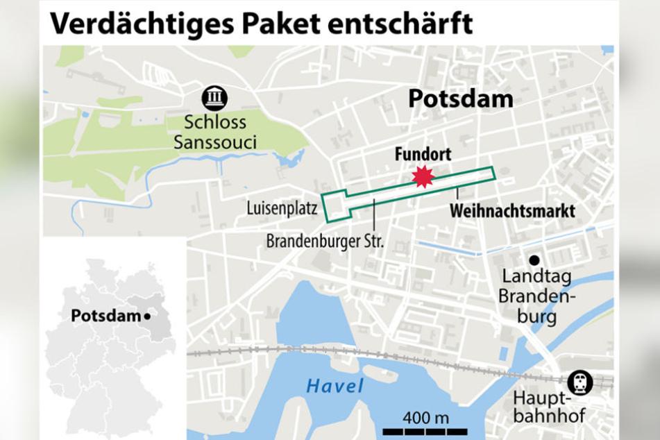 Die Polizei hat den markierten Bereich abgesperrt, um nach weiteren verdächtigen Paketen zu suchen.
