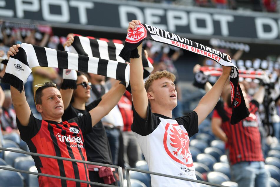 6500 Eintracht-Fans durften zum Bundesliga-Auftakt in den Deutsche Bank Park. Sind es beim nächsten Heimspiel bereits über 10.000?