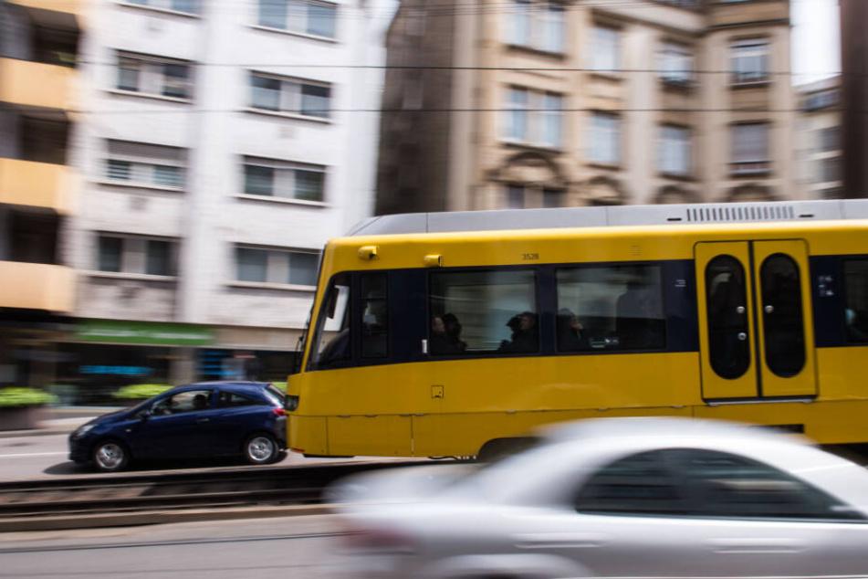 Nach dem Zwischenfall war der Stadtbahn-Verkehr betroffen. (Symbolbild)