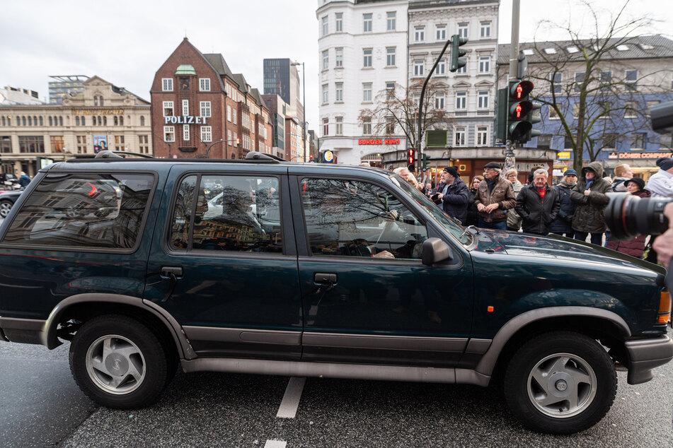 """Jan Fedders Ford Explorer und letzter """"Großstadtrevier""""-Wagen wird zugunsten des Hamburger Michels beim Onlinedienst ebay-Charity versteigert."""
