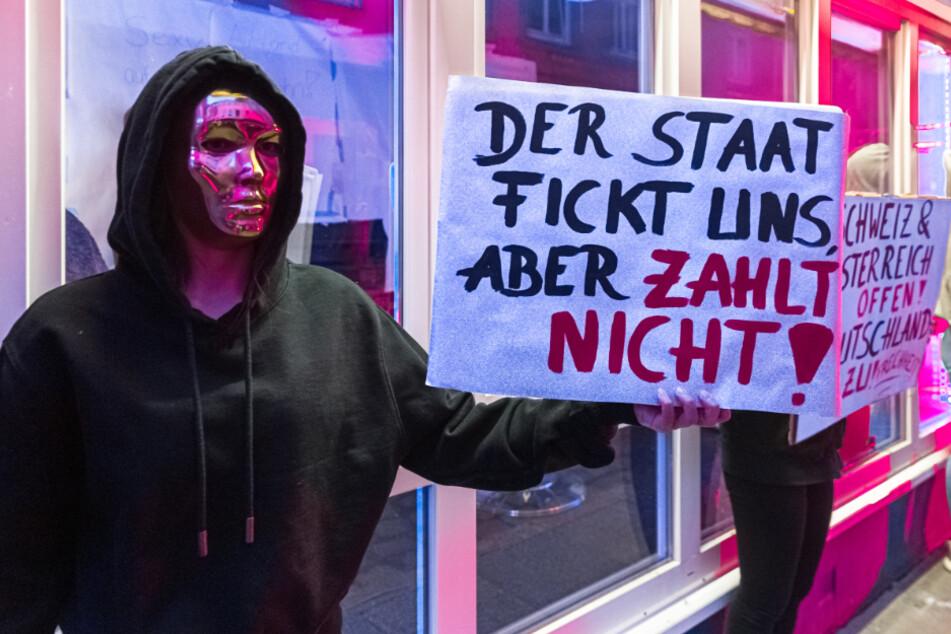 Prostituierte fühlen sich vom Staat gef*ckt