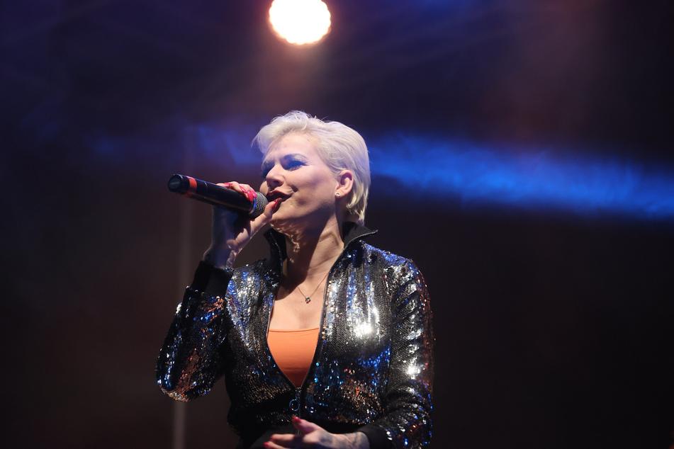 """Melanie Müller (32) besingt in ihrem neuen Song """"Karl den Großen"""". (Archiv)"""