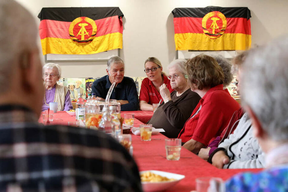 """""""Ostalgie"""" gegen Demenz! In diesem Seniorenheim lebt die DDR wieder auf"""