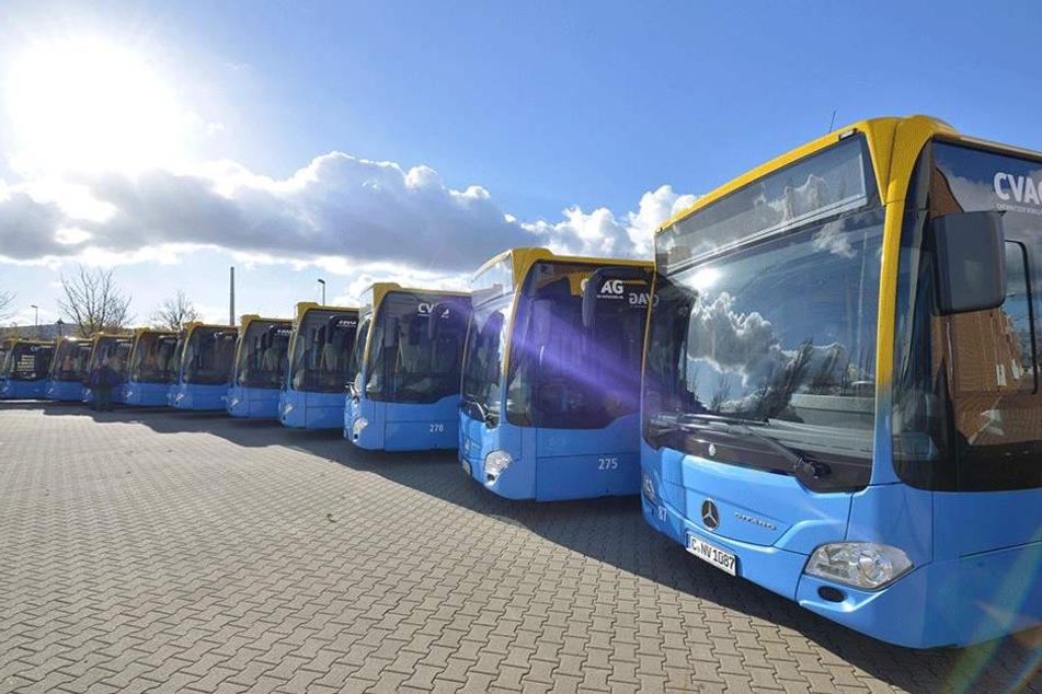 Ein ganzer Schwung moderner Busse ist im Betriebshof der CVAG angekommen.