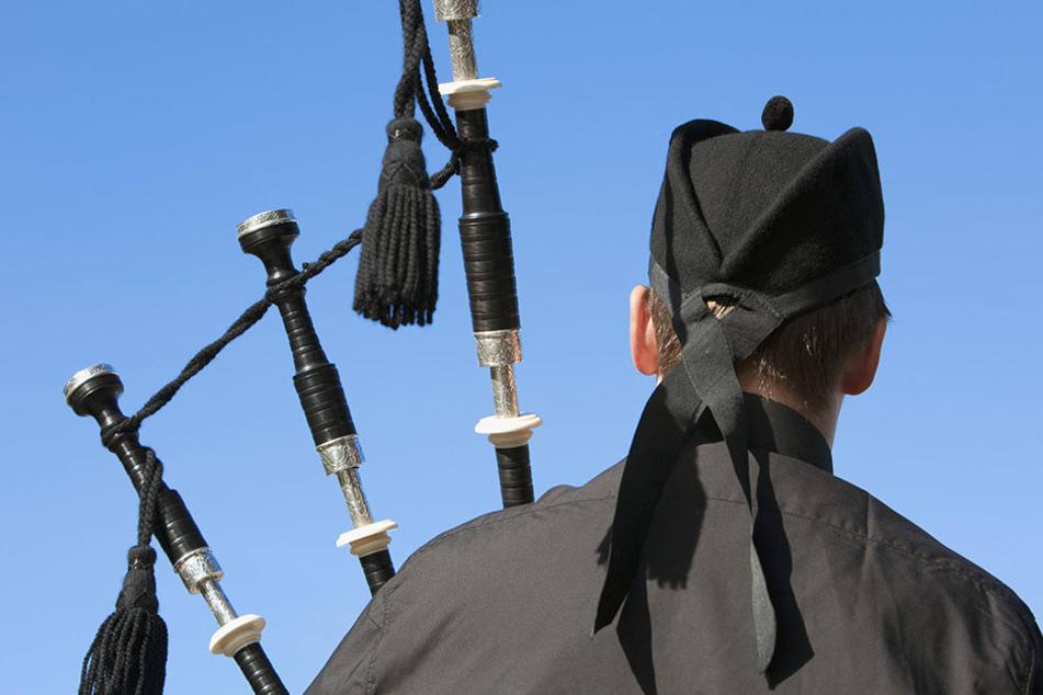 Weil ein Dudelsackspieler sein Instrument nicht regelmäßig reinigte, starb er (Symbolbild).