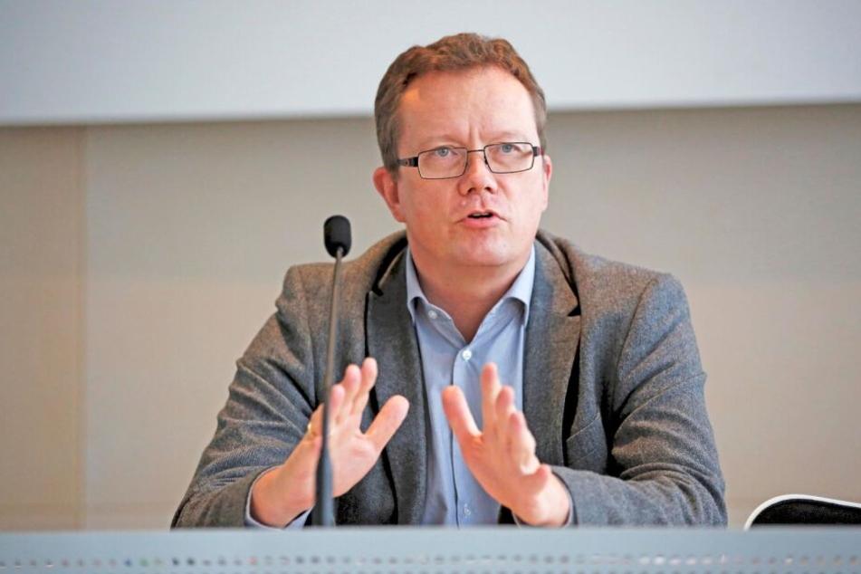 Liebscher rückte für Gerd Lippold (58, Grüne) nach.