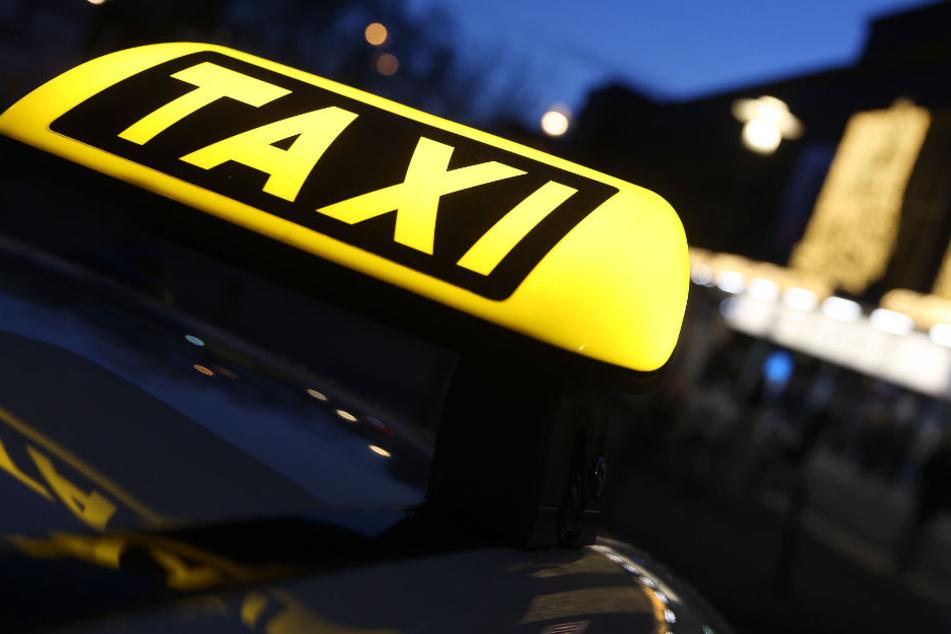 Frau sexuell belästigt? Taxifahrer stellt Situation ganz anders dar!