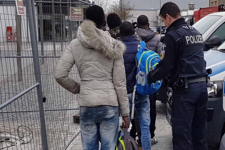 Die Bundespolizei hat am Wochenende illegale Migranten festgesetzt. (Symbolbild)