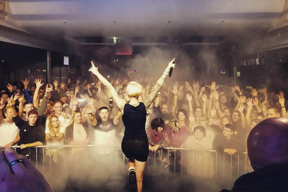 Ballermann-Sängerin Melanie Müller (29) brachte die Massen auf dem Mallorca-Floor zum Feiern.