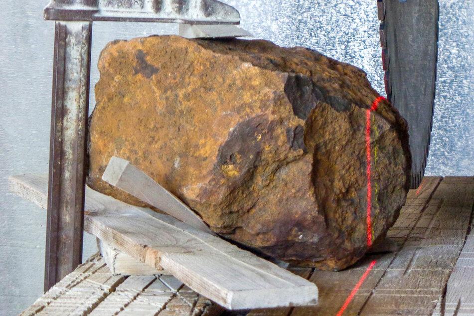 Heute wird Deutschlands größter Steinmeteorit vorgestellt
